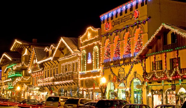 Best places in usa for 2017 christmas celebrations Best places to visit for christmas in usa