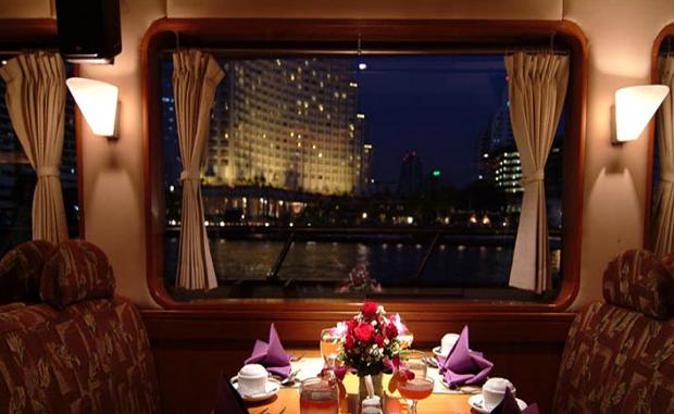 Bangkok NYE river cruise