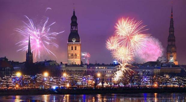 NYE fireworks in Riga