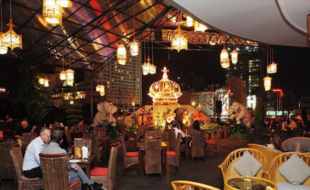 Saigon Saigon Bar on NYE in HCMC