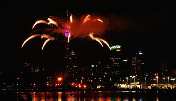 Auckland NYE Fireworks 2014