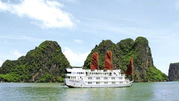 Halong Bay New Years Eve on Cruises