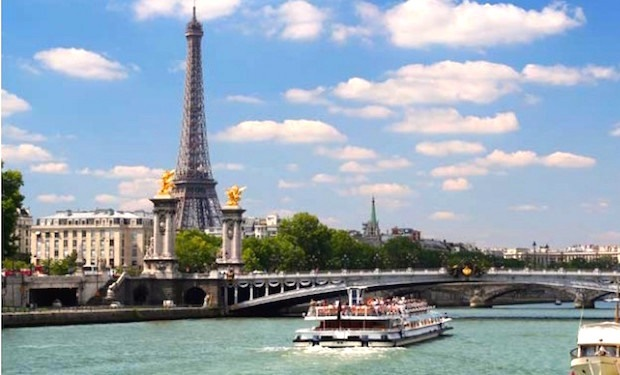 Christmas Cruise on Seine River